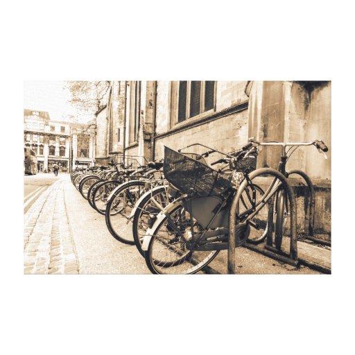 Vntage viejo Bikes las bicicletas en la lona de Ox Impresión En Lona