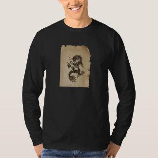 Voluta del dragón camiseta