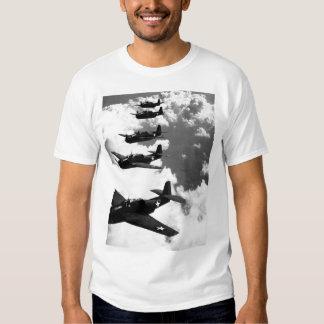 Vuelo de TBF (vengadores) en imagen formation_War Camisas