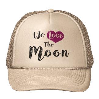 """We love the Moon"" Gorros"
