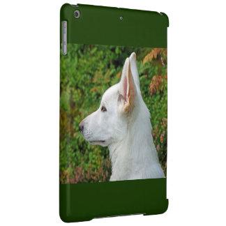 White Wolf en el verde