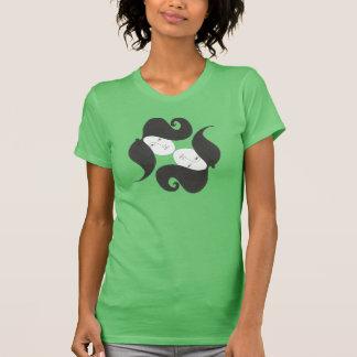 """""""Wild moustaches/ Lisa"""" Camiseta"""