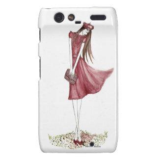 Woman in burgundy droid RAZR carcasa