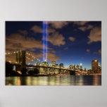 WTC enciende el puente de Brooklyn Poster