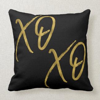 XO XO abraza y besa la falsa almohada del efecto