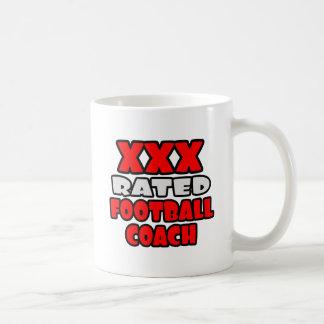 XXX entrenador de fútbol clasificado Taza Básica Blanca