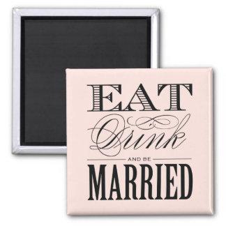 Crea tu propio imán de boda y personalízalo con tus colores, diseños o estilos preferidos.