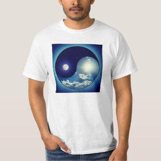 Yin y yang (yin-Yang, yin yang, 陰陽) Camiseta