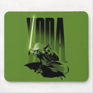 Yoda que presenta B Alfombrilla De Ratón