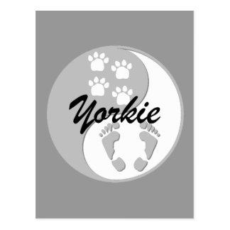 Yorkie fresco de yang del yin postal
