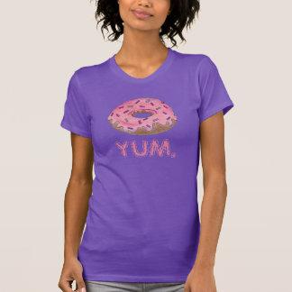 YUM el buñuelo helado rosa del buñuelo con asperja Camisetas
