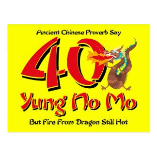 Yung ninguna 40.a invitación de la postal del cump