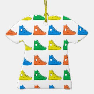 Zapatos coloridos ornamentos de navidad