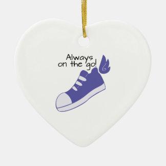 ¡Zapatos cons alas siempre en camino! Adornos De Navidad