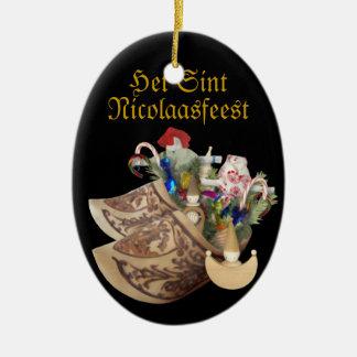 Zapatos de madera: Het Sint Nicolaasfeest - Adorno Ovalado De Cerámica