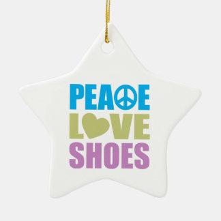 Zapatos del amor de la paz adornos