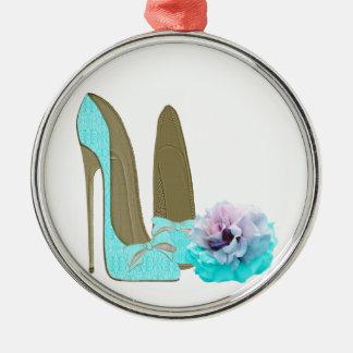 Zapatos del estilete del cordón de la turquesa y ornamento para arbol de navidad