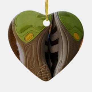 Zapatos gastados adornos