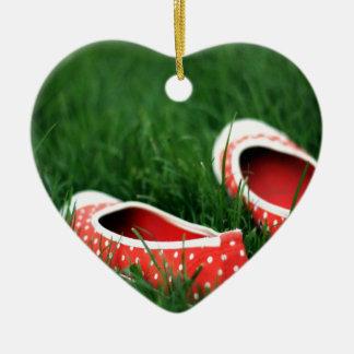 Zapatos rojos frescos abstractos del resbalón adornos