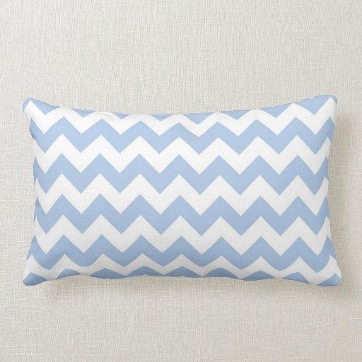 Zigzag azul claro y blanco cojines