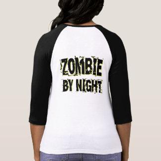 Zombi por la noche - galón regular por día camisetas