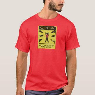 zona peligrosa del redshirt camiseta